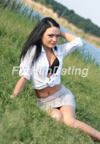 Ukrainian women Elena 30 years old from Poltava